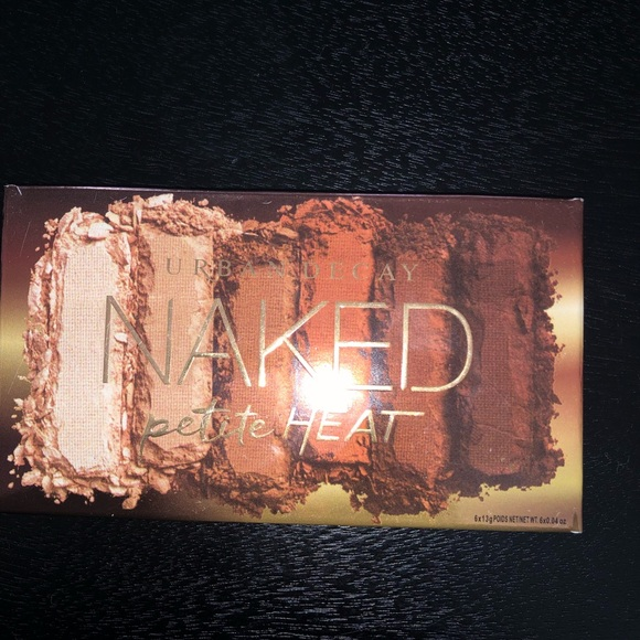 Urban Decay Other - Urban decay petite heat
